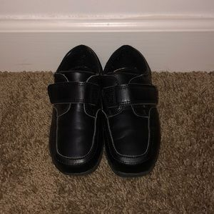 Boys Cherokee loafers-Size 10